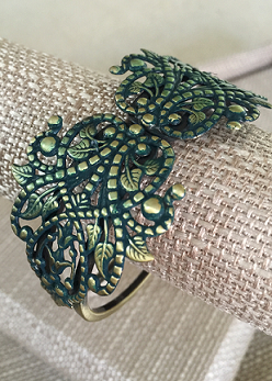 Metal Lace Hinged Cuff